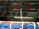 E-powerswitch for remote power cycling of server units